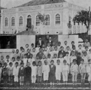 Escola Brasílio Machado em 1917.
