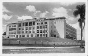 Colégio Estadual do Paraná na década de 1950.
