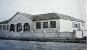 Grupo Escolar de Arapoti em 1950.