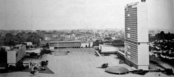 Foto montagem da maquete do Centro Cívico de Curitiba - 1953