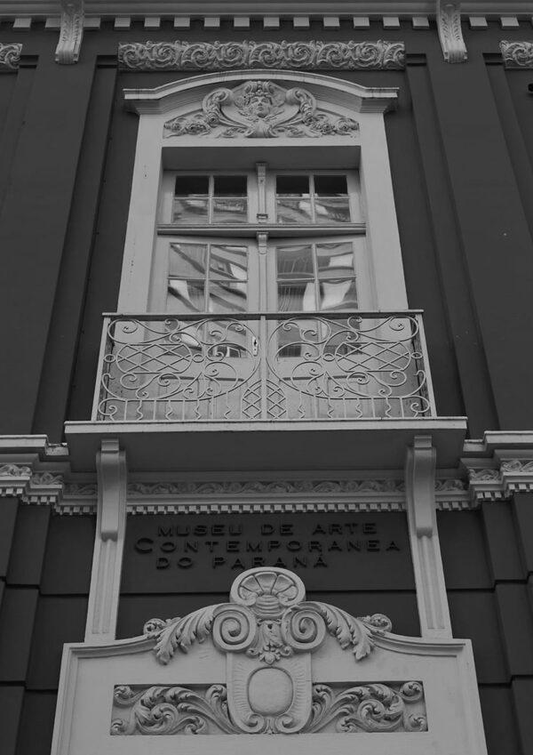 Detalhe do motif milieu do Museu de Arte Contemporânea de Curitiba – 2009.