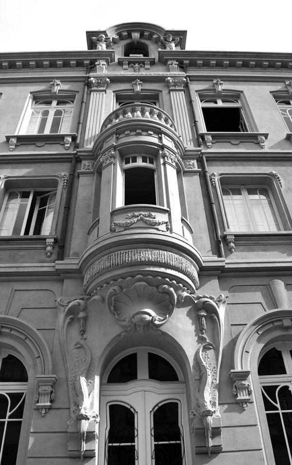 Detalhe da bay-window na fachada lateral - Paço da Liberdade, em Curitiba - 2009.