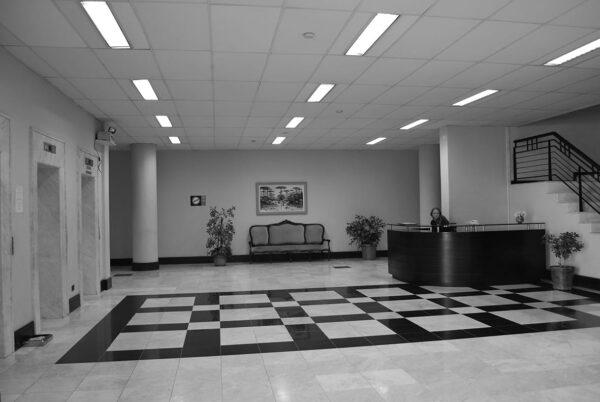 Vestíbulo do edifício da Secretaria da Assembleia Legislativa do Paraná, em Curitiba - 2009.