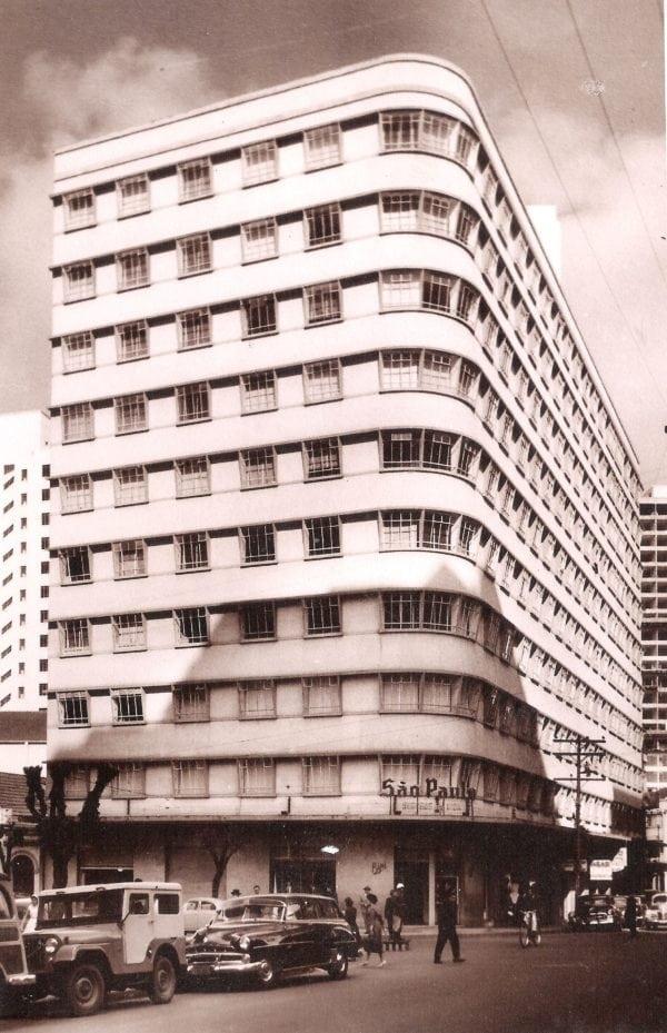 Edifício Brasilino Moura na década de 1960.