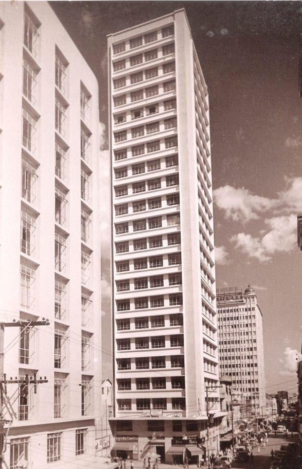 Edifício Augusta na década de 1950.
