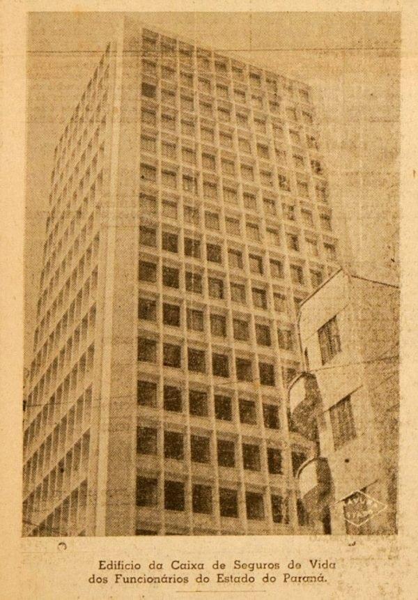 Edifício da Caixa de Seguros de Vida dos Funcionários do Estado do Paraná em 1953.