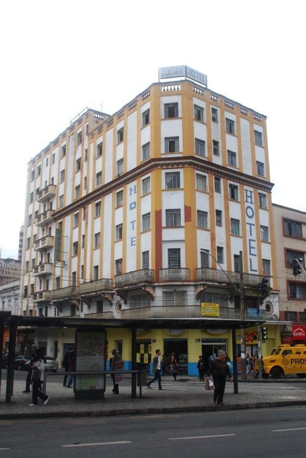 Edifício Hotel Golden em 2017.
