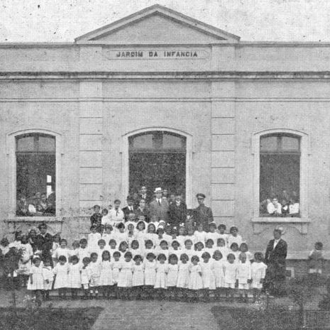 Jardim de Infância Emília Eriksen em 1917.