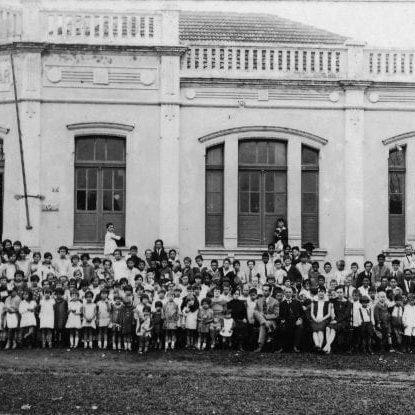 Grupo Escolar Professor Serapião na década de 1920.