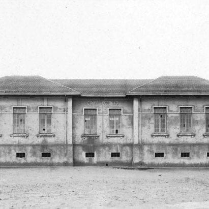 Grupo Escolar de Cambará na década de 1920.