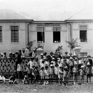 Grupo Escolar de Foz do Iguaçu na década de 1920.