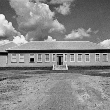 Escola de Trabalhadores Rurais de Rio Negro em 1942.